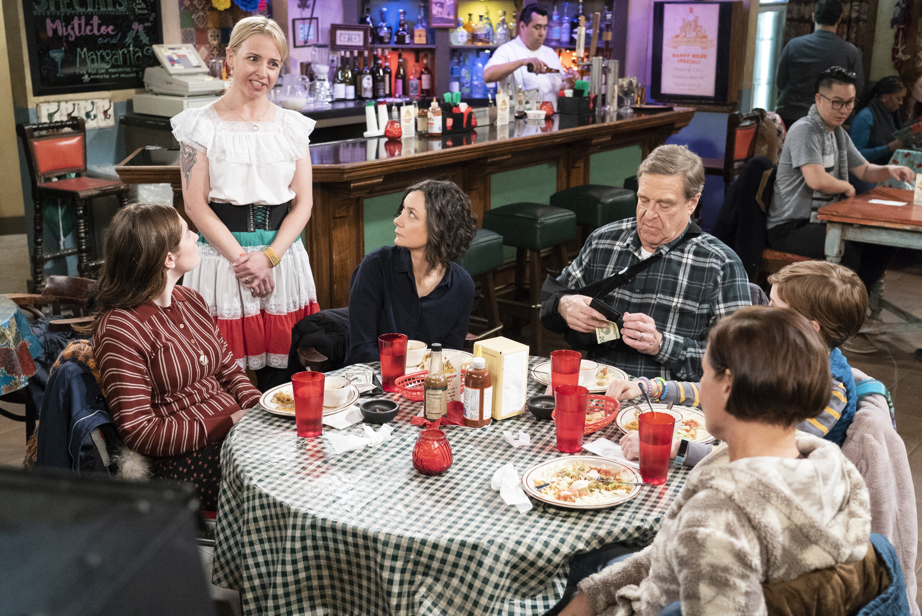 """ABC's fall plan: Fewer new shows, but more """"Conners"""""""