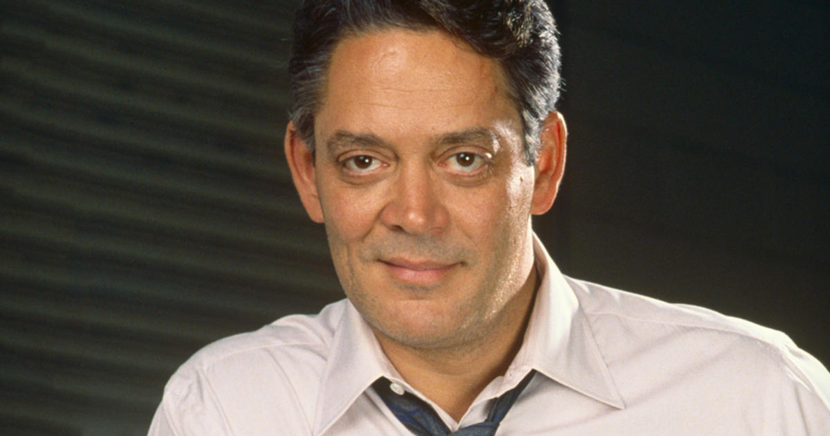 Raul Julia's life was a passionate party