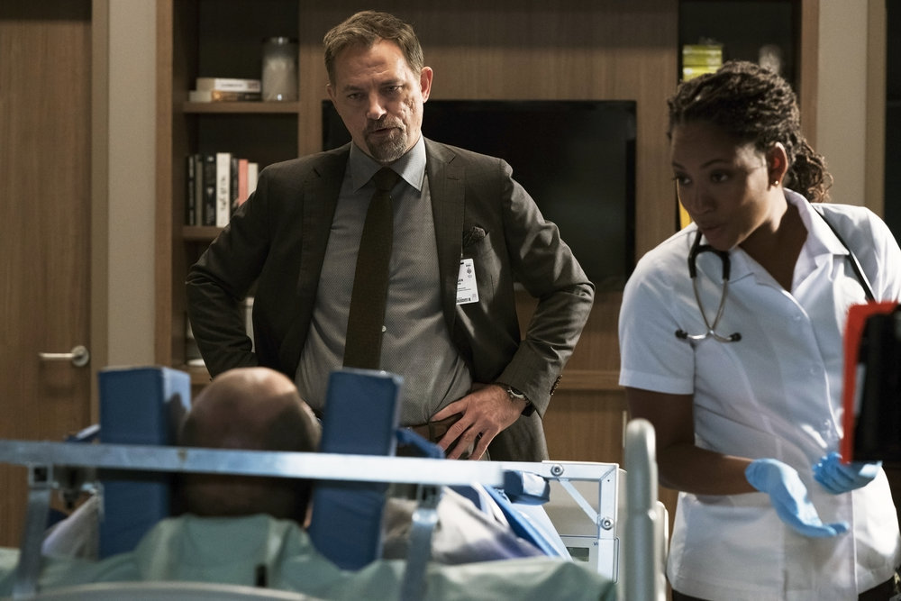 """Best-bets for Oct. 4: """"Blacklist"""" swirls with illusion"""