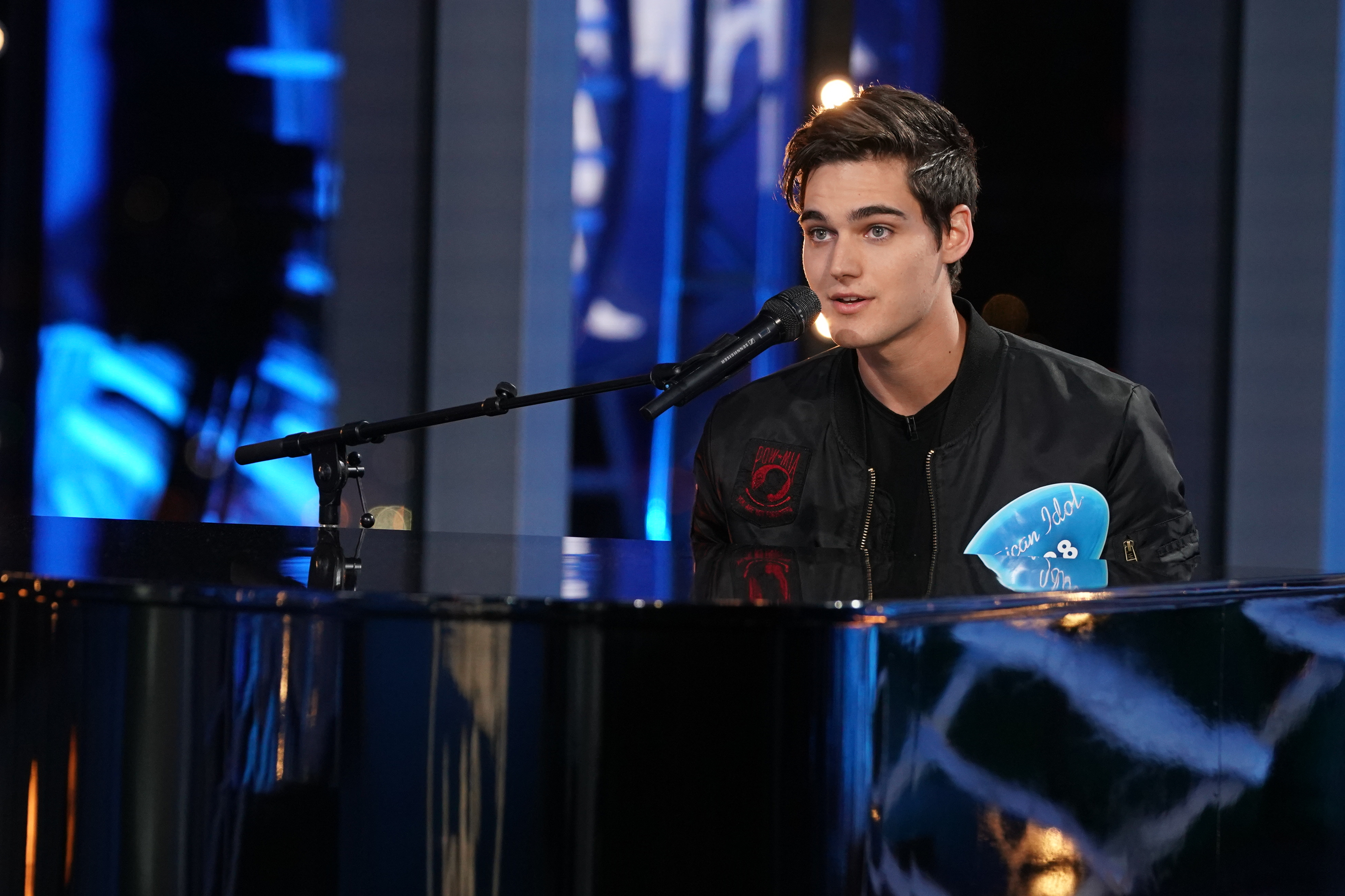"Best-bets for Feb. 16: ""Idol"" leads new-show swarm"