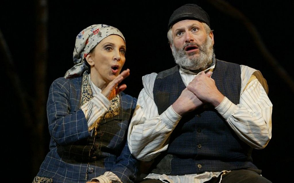 """Fiddler"": A theater giant, molded from tradition"