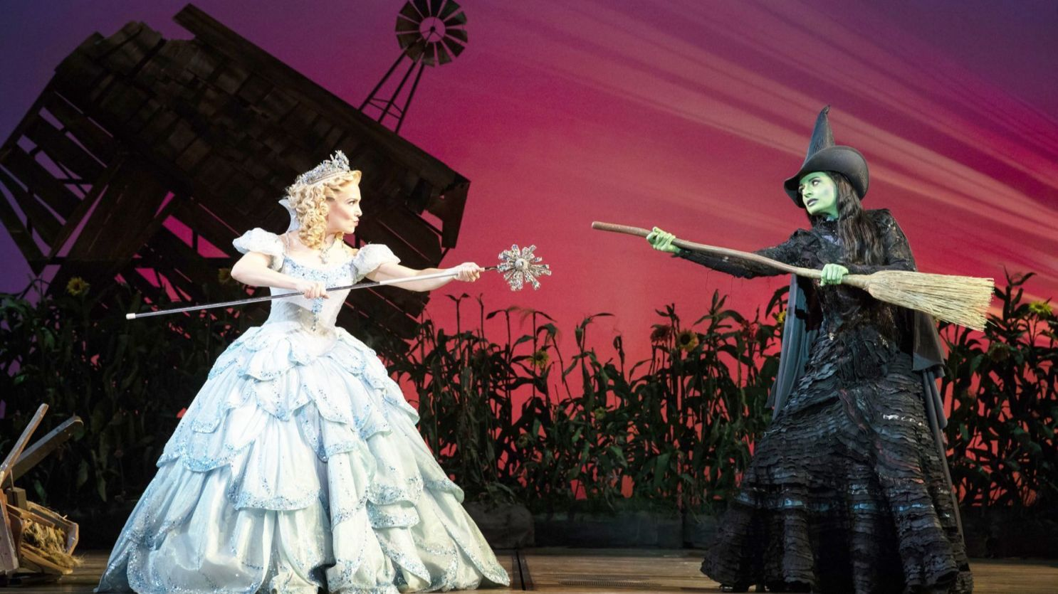 It's a wicked welcome-back for Broadway